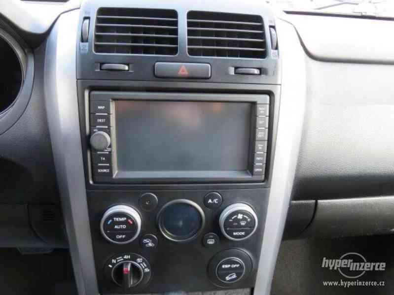 Suzuki Grand Vitara 3.2 Comfort+ 20 Jahre benzín 171kw - foto 15