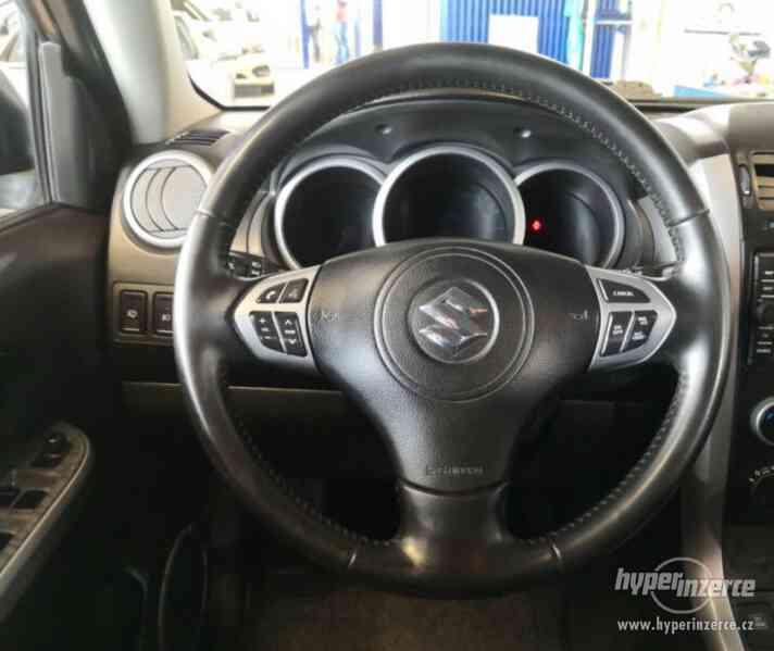 Suzuki Grand Vitara 2.4 Comfort Aut. benzín 124kw - foto 3