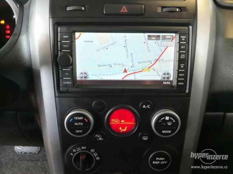 Suzuki Grand Vitara 2.4 Comfort Aut. benzín 124kw - foto 4