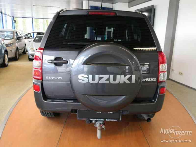 Suzuki Grand Vitara 2.4 Comfort Aut. benzín 124kw - foto 20