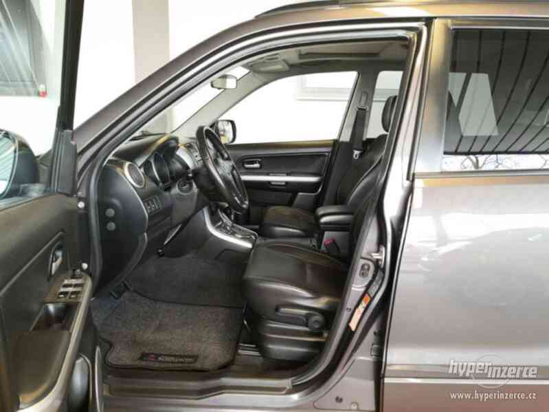 Suzuki Grand Vitara 2.4 Comfort Aut. benzín 124kw - foto 21
