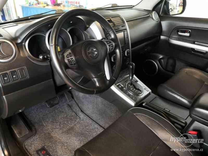 Suzuki Grand Vitara 2.4 Comfort Aut. benzín 124kw - foto 22