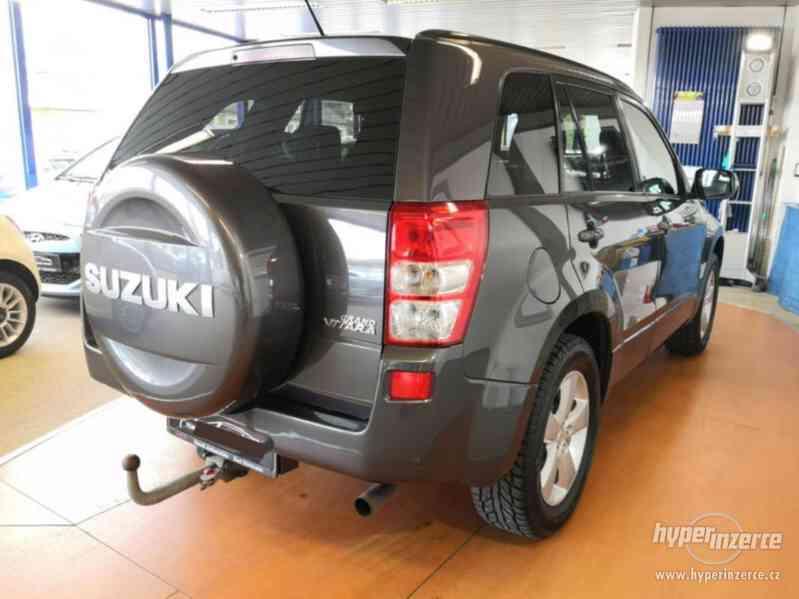 Suzuki Grand Vitara 2.4 Comfort Aut. benzín 124kw - foto 24