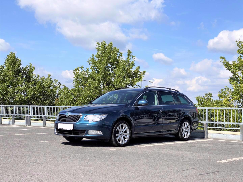 Škoda Superb, Ambition 2.0 TDi, Nav, Xeno, 4x4 - foto 1