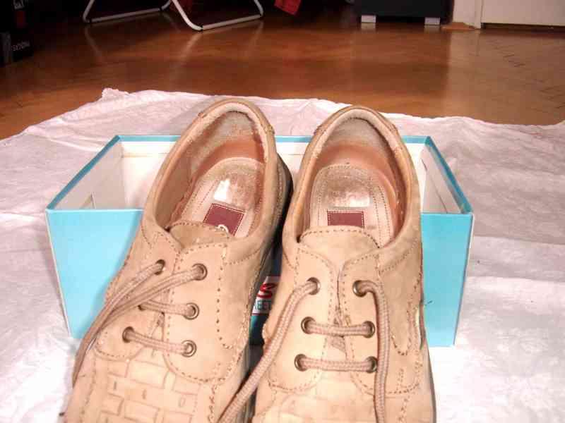 Elegantní pánské kožené boty EasyStreet, velik. 44 - foto 9