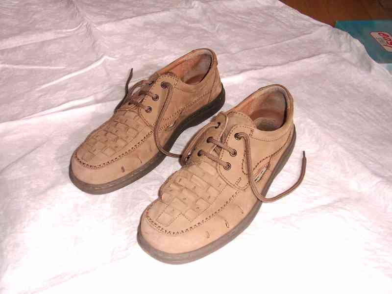 Elegantní pánské kožené boty EasyStreet, velik. 44 - foto 2