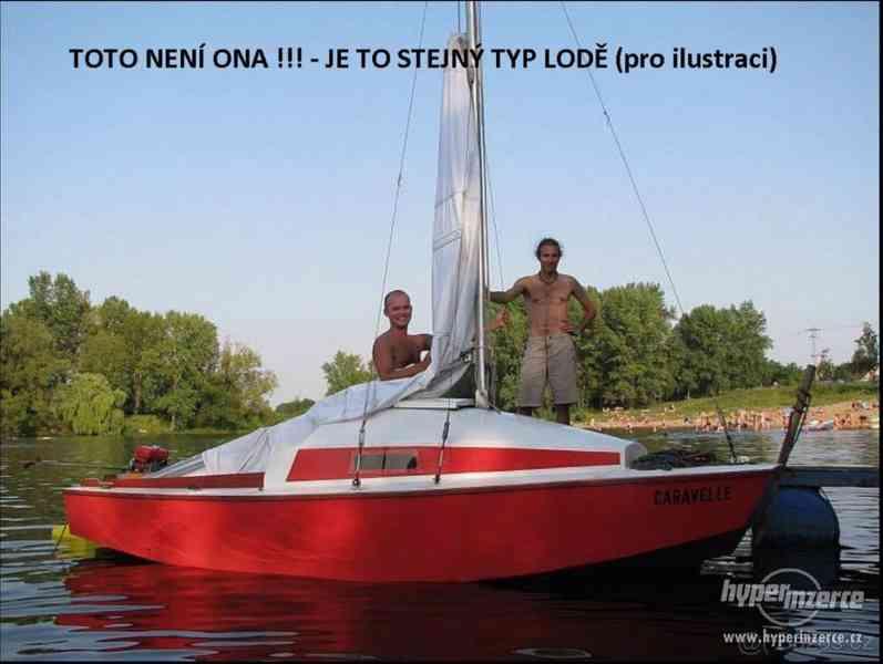 Prodám kajutovou plachetnici s přívěsem - foto 6