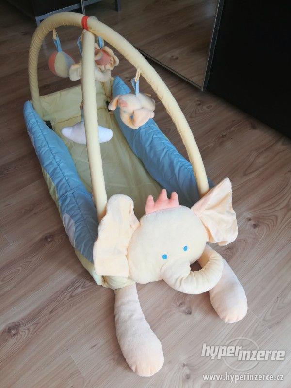 Dětská hrací deka s hrazdičkou Mata KOJEC - foto 1