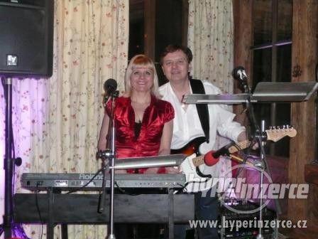 Kapela Brno Hodonín skupina METROPOL živá taneční hudba - foto 4