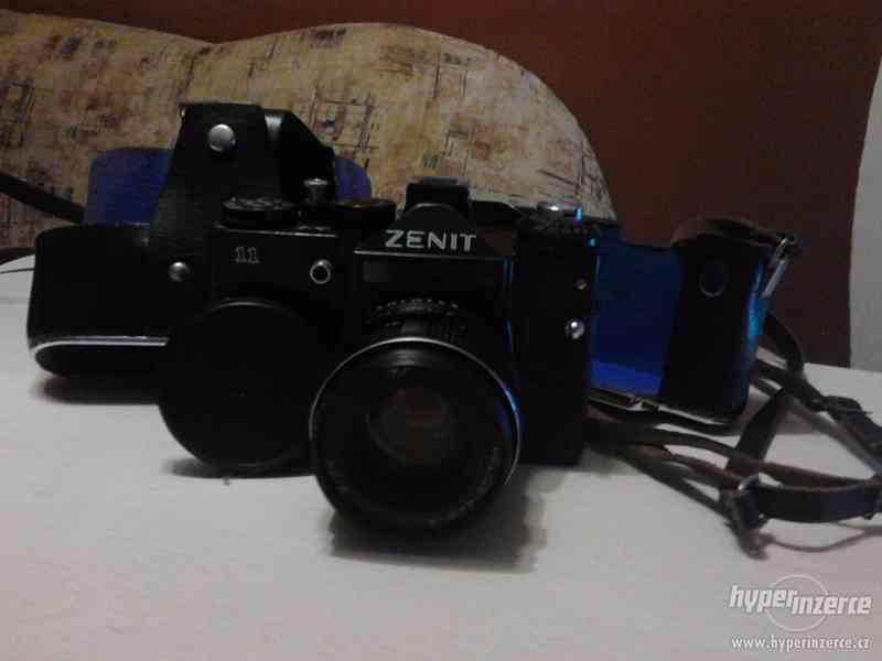 Prodám Zenit 11 i s pouzdrem - foto 3