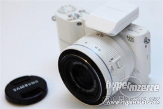Samsung NX 1000 - foto 1