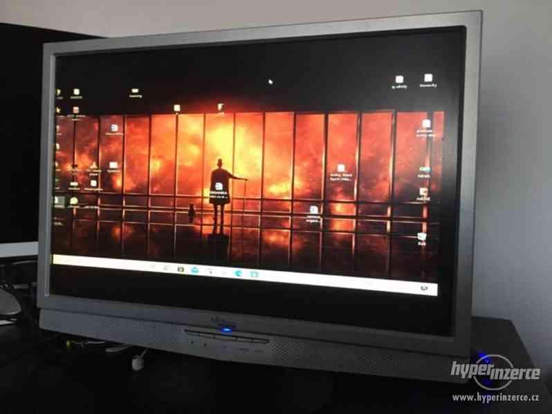 LCD monitor Fujitsu Siemens - foto 1