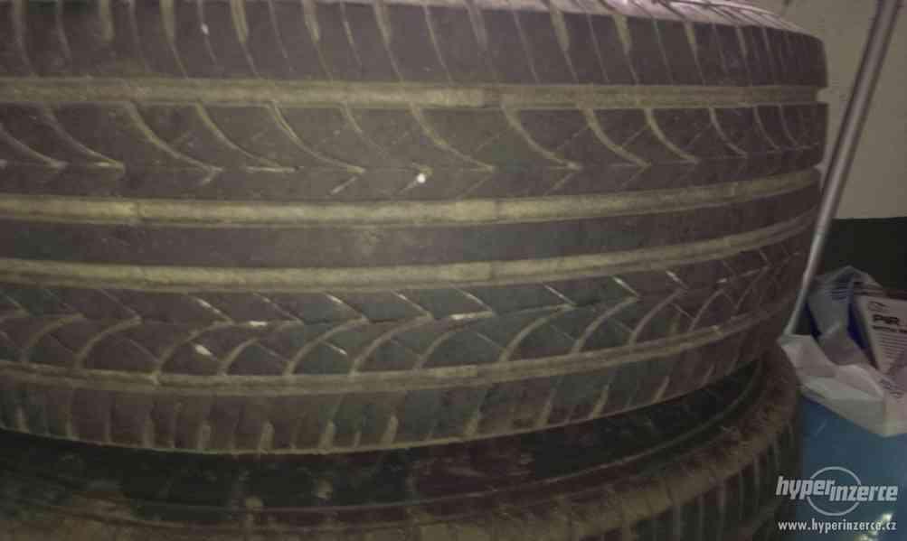 Prodám letní pneu 195/65 R15