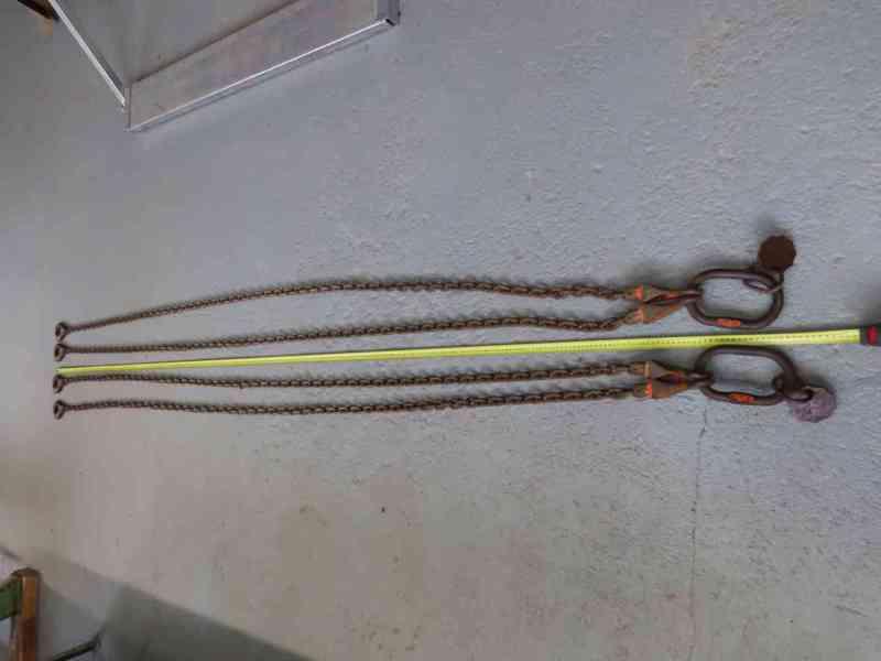 Vázací řetěz dvojhák se zkracovači pr. 8mm, L=3m G10.   2 ks