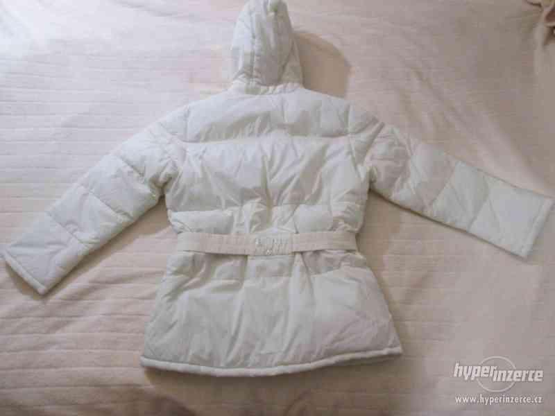 ZIMNÍ KABÁT - bunda s kapucí , zn.SLC, vel. 152 (bílá) - foto 3