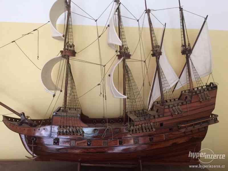 Dřevěný model námořní lodě - foto 2