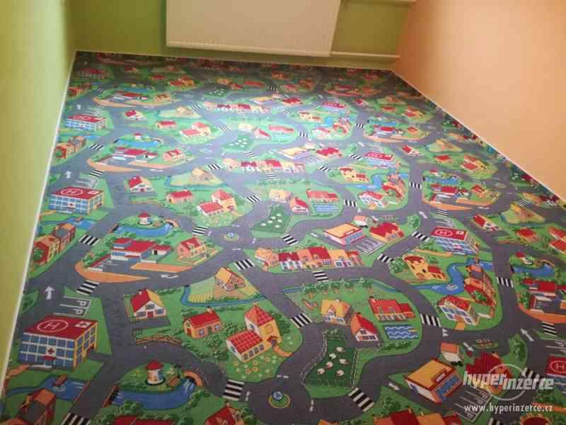 Dětský koberec Village