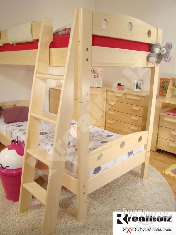 Patrová postel z masivu od ROALHOLZ