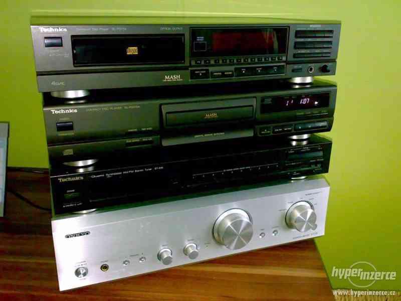 TECHNICS,CD Player,FM Tuner.Zesilovač ONKYO.