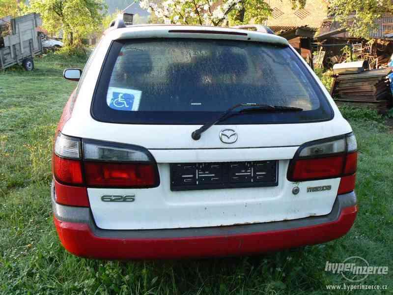 Prodám Mazdu 626 1998 1.8I na díly - foto 3