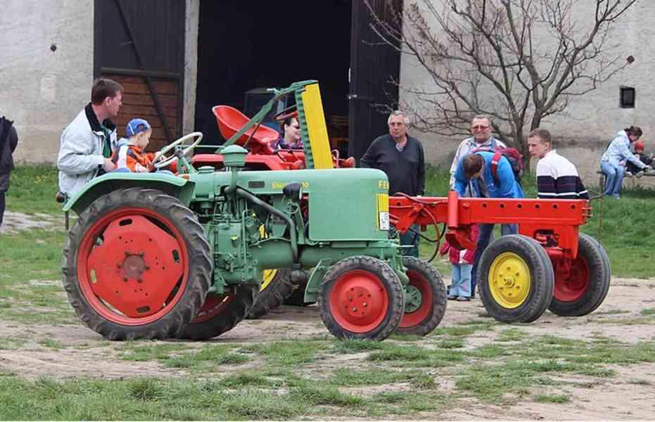 Pozvánka na výstavu traktorů - foto 2