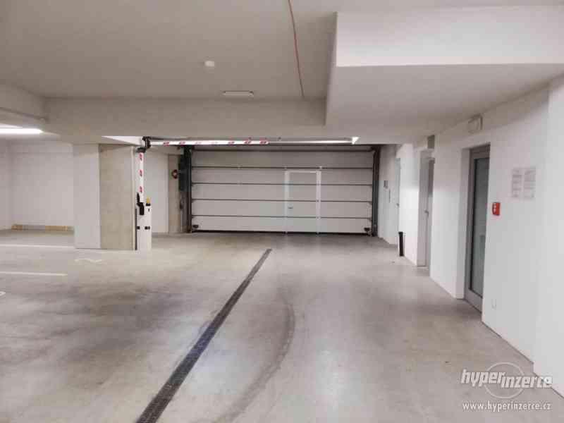 Parkovací stání - Motorka, IBC, adresa Milady Horákové 23 - foto 3