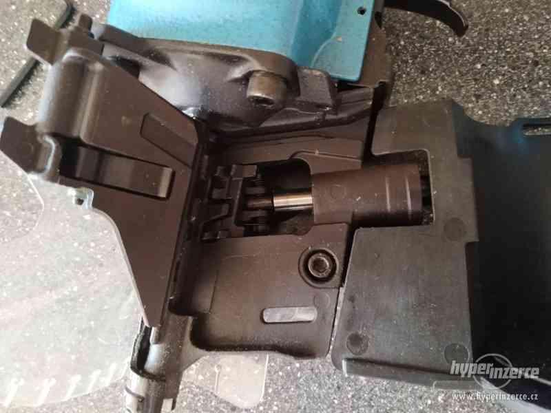 Hřebíkovačka MCN80 - foto 3