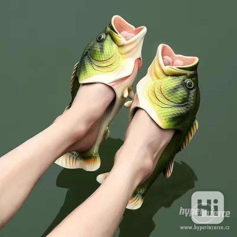 Originální pantofle/ cukle ve tvaru ryby/ ryba, kapra/ kapr - foto 1