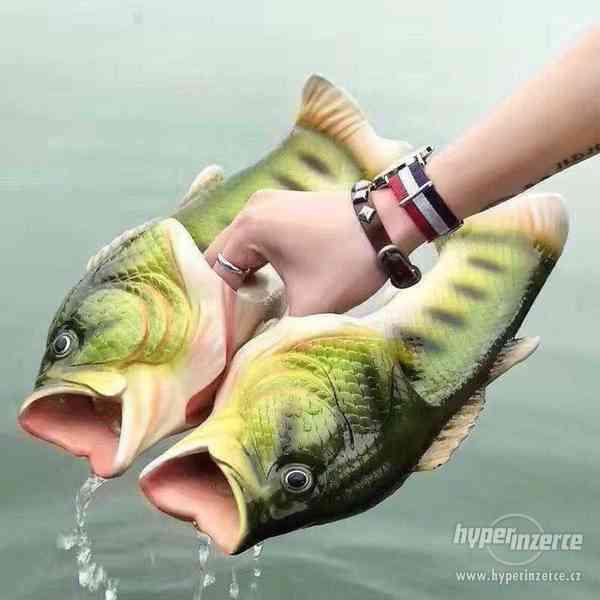 Originální pantofle/ cukle ve tvaru ryby/ ryba, kapra/ kapr - foto 2