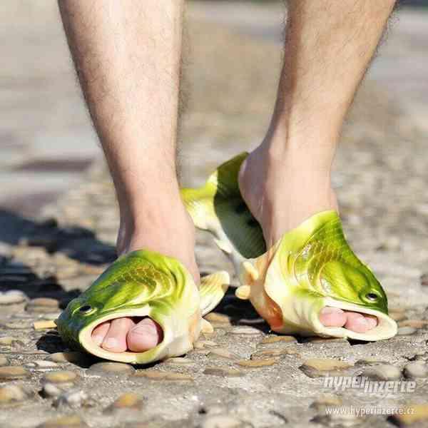 Originální pantofle/ cukle ve tvaru ryby/ ryba, kapra/ kapr - foto 3