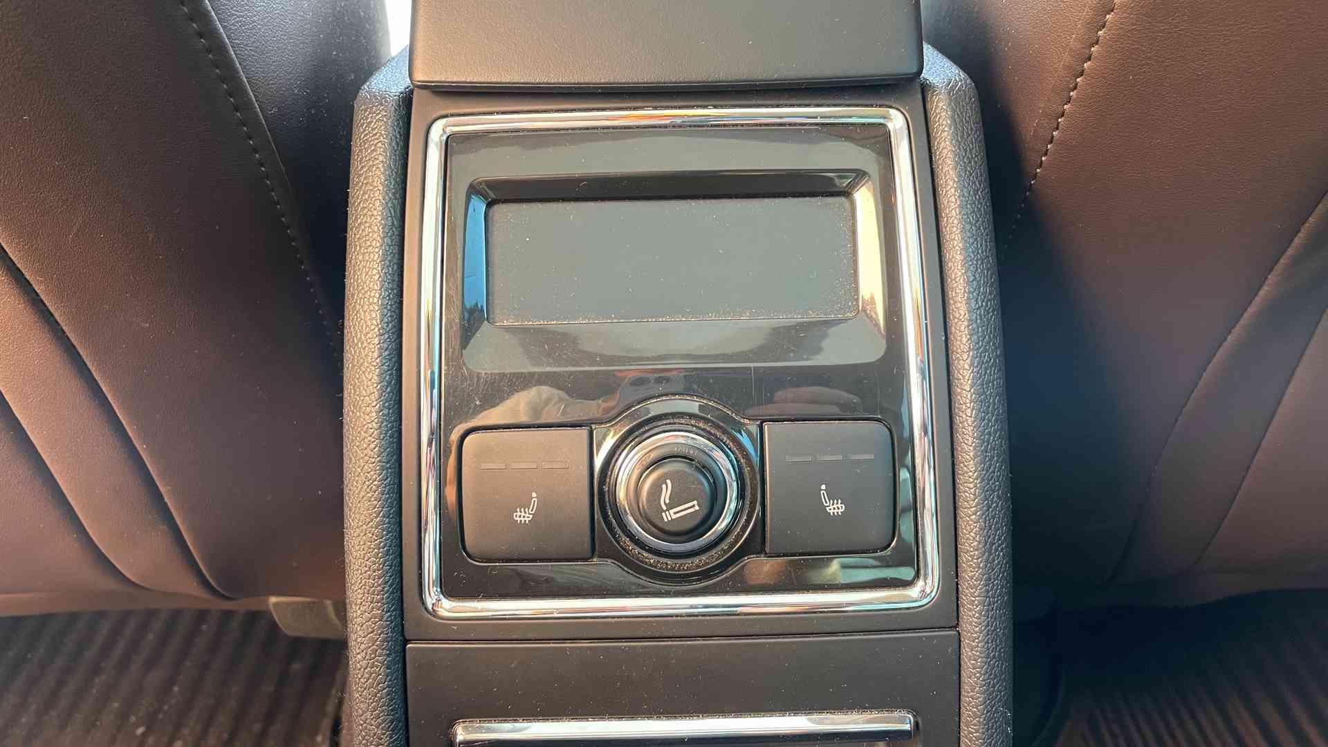 Škoda Superb 3.6 FSI V6 191kW 4x4 L&K - foto 13