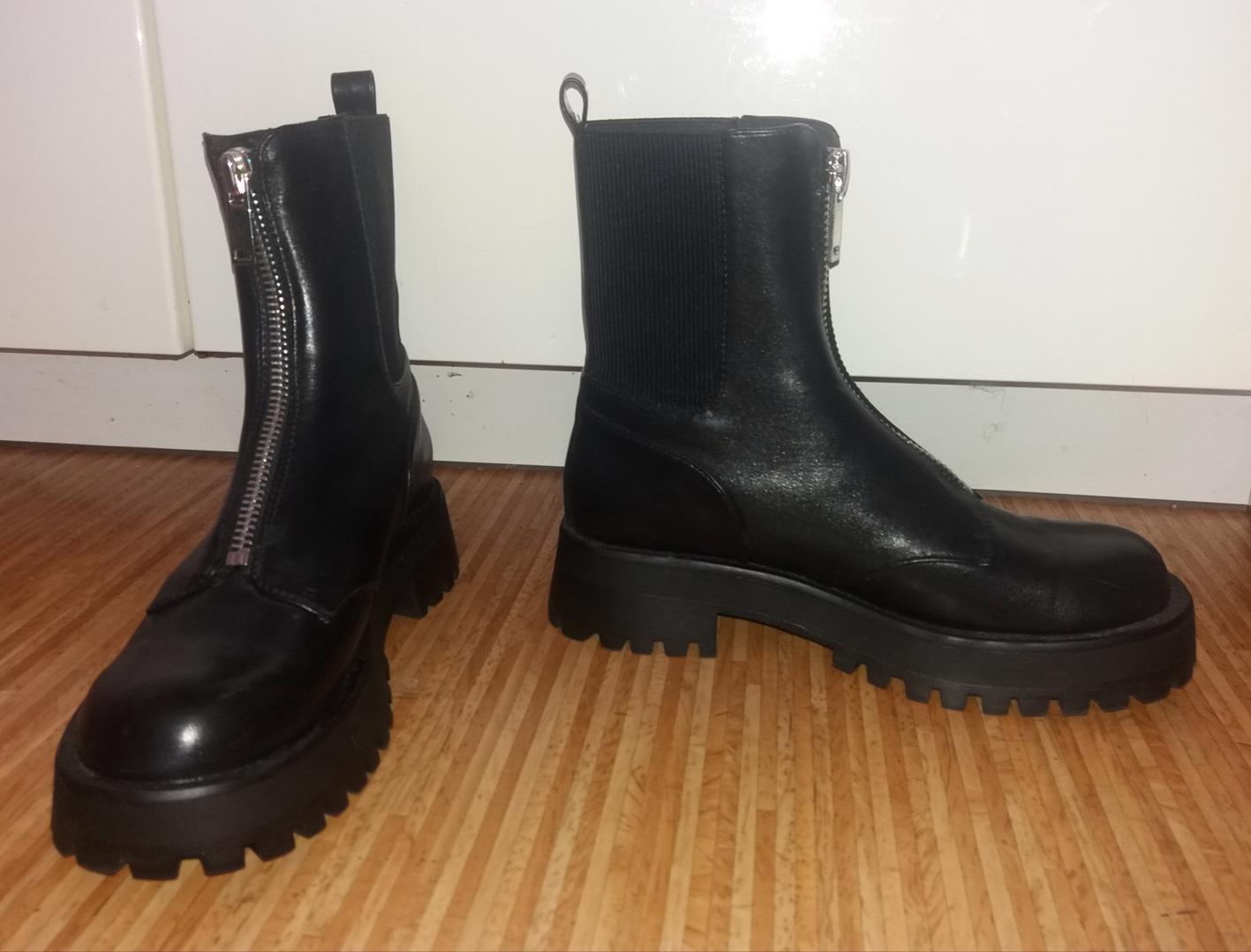 Dámské kotníčkové boty nenošené - foto 1