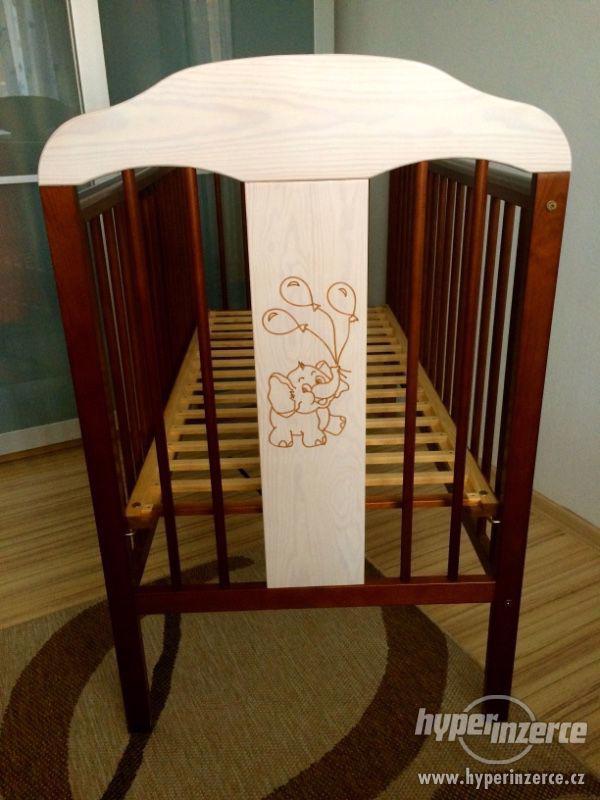 Dřevěná dětská postýlka TOMI slon - foto 3