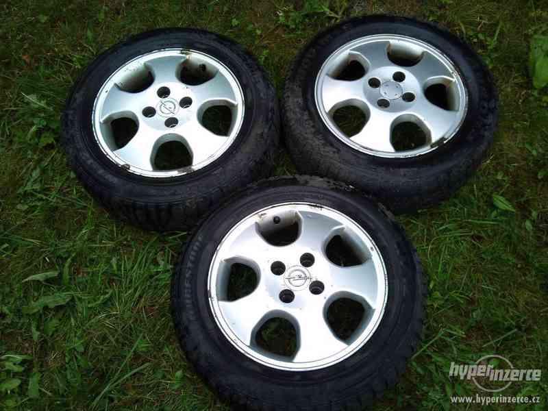 "Litá kola 15"" 4x100 - orig. Opel Astra - jen 3 kusy - foto 1"