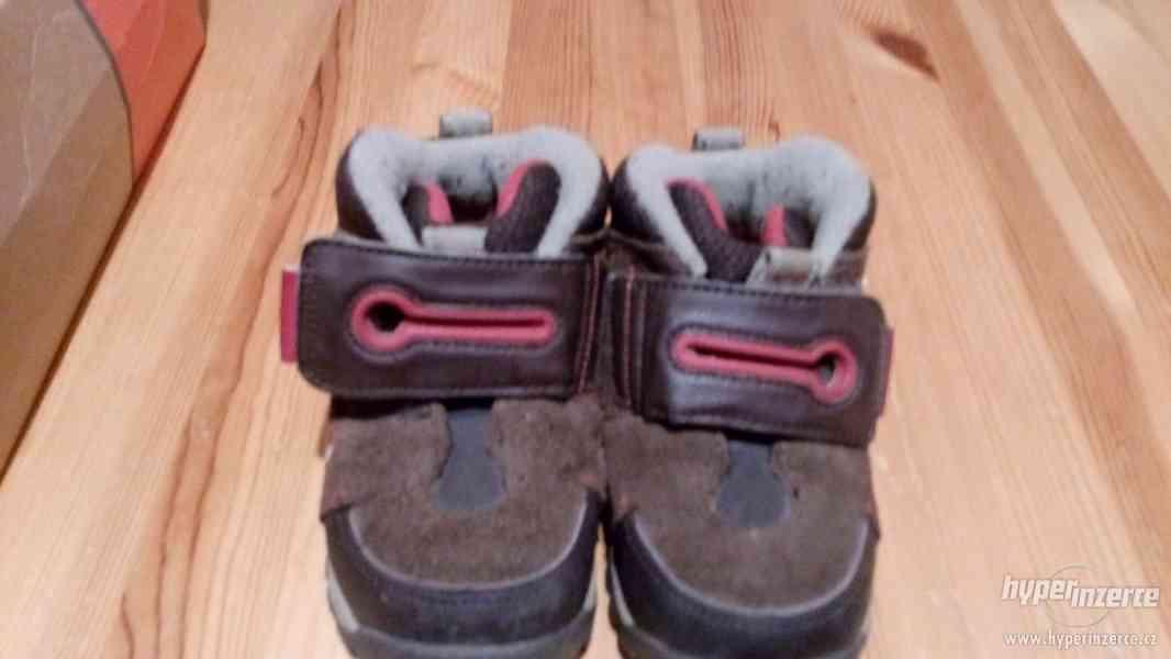 Dětské boty Nike vel 22 - foto 3