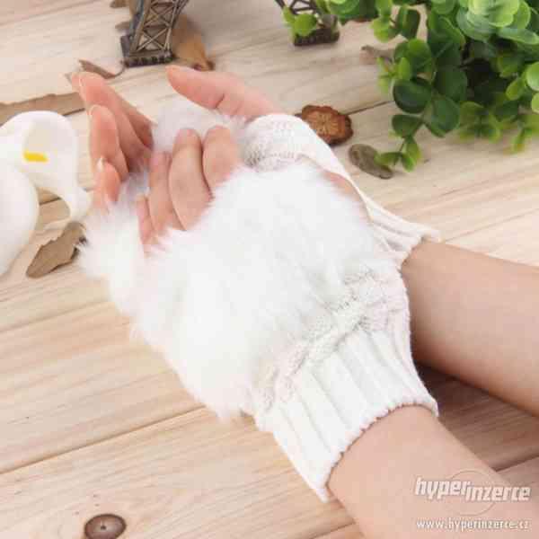 Dámské pletené rukavice (nové)