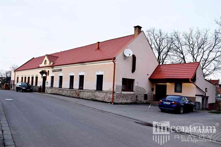 Prodej restaurace 1434 m2, Radějov