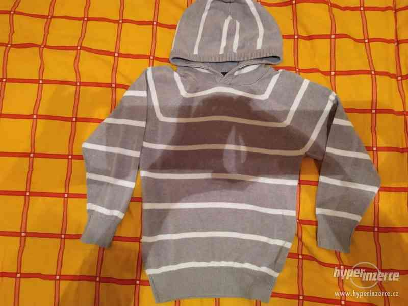 Chlapecký svetr - foto 1