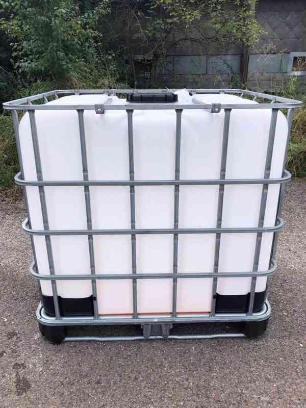 Prodám IBC kontajner 1000l krásné, čisté z potravinářství - foto 3