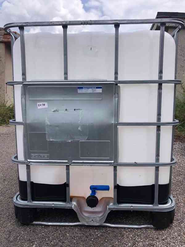 Prodám IBC kontajner 1000l krásné, čisté z potravinářství - foto 1