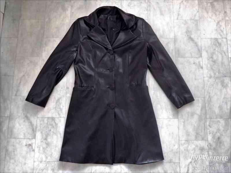 kvalitní dlouhý kabát z Francie - foto 3