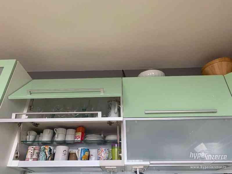 Luxusní Kuchyňská linka a Spotřebiče - foto 6