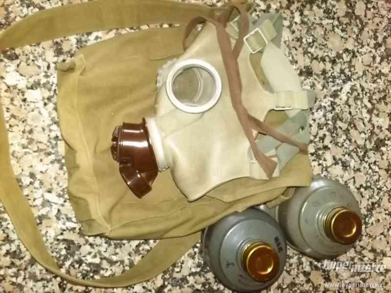 Plynová maska s baršnou