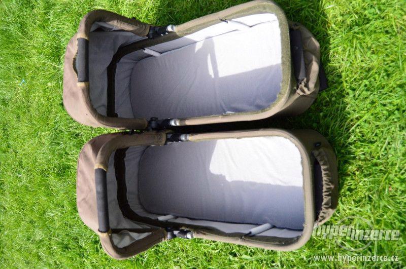 kočárek pro dvojčata - foto 5