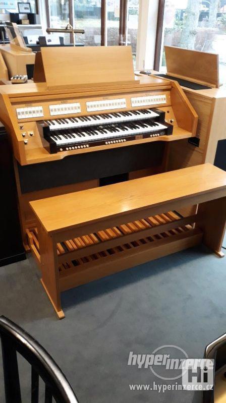 analogové varhany Johannus