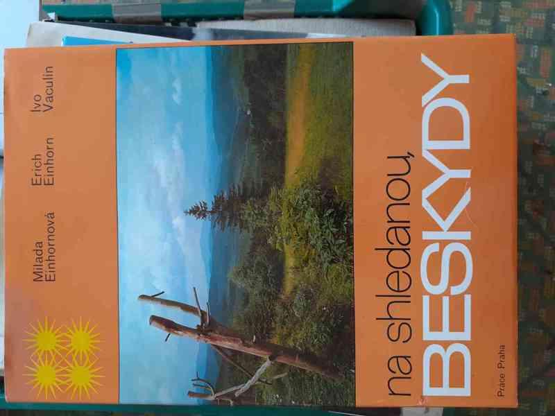 Knihy - foto 6