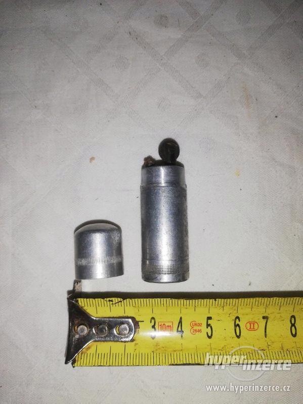 Zapalovač ve tvaru náboje - foto 3