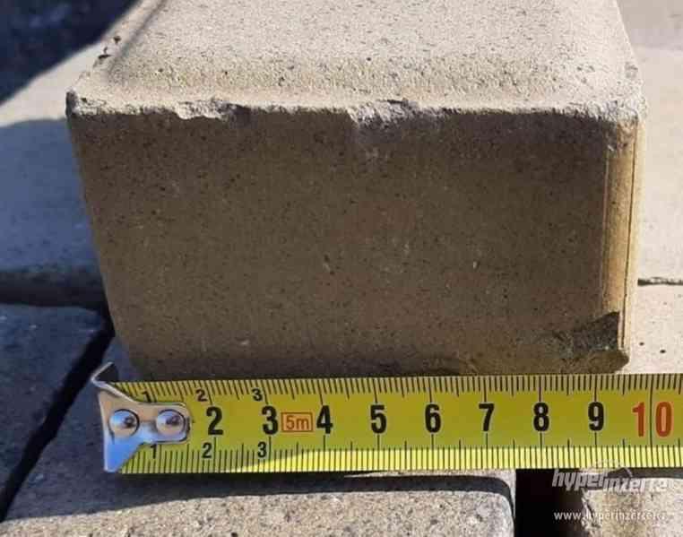 Dlažba betonová žlutá rozměry viz fotografie (14977.) - foto 3