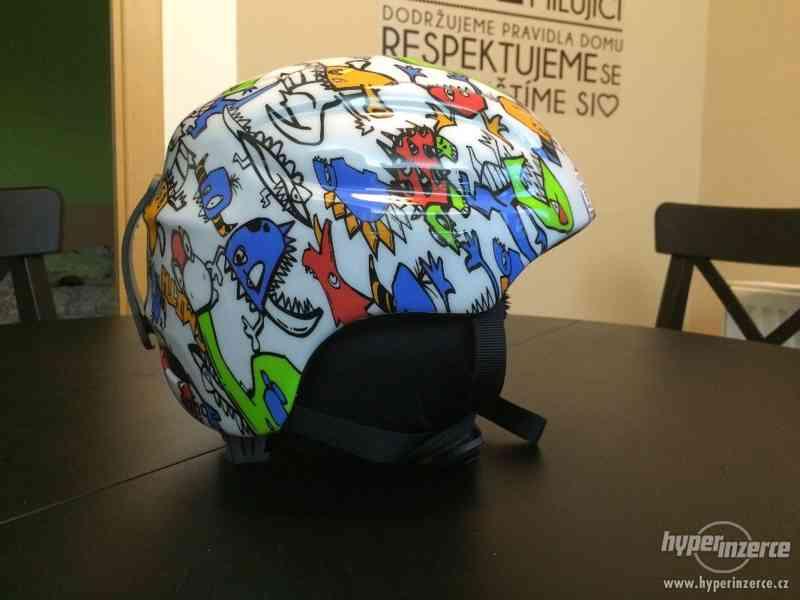 Dětská lyžařská helma