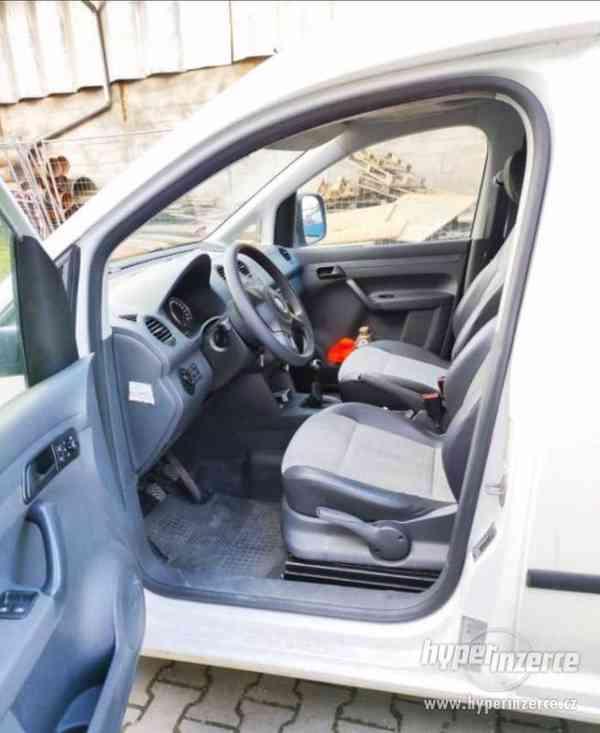WV Caddy MAXI diesel 1,6 TDI 75kW - foto 4
